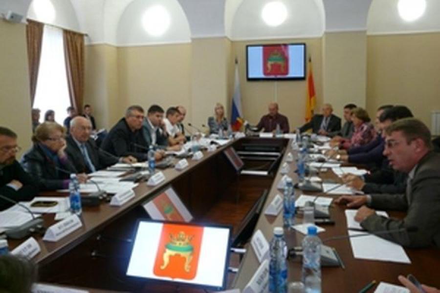Какими будут новые Правила благоустройства Твери, решали депутаты, чиновники и общественники