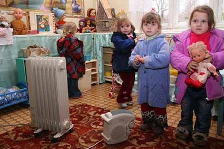 В Весьегонске без тепла остались жилые дома, детсад и школа