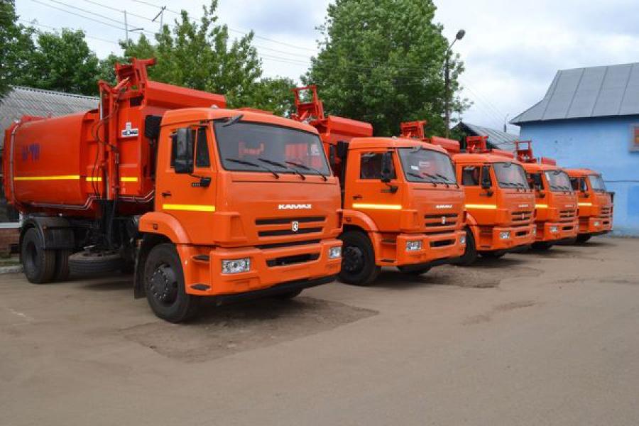 Пять новых мусоровозов появились в «Тверьспецавтохозяйстве»