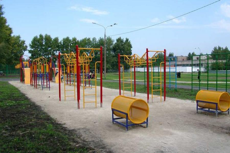 Выделены средства на спортивный инвентарь и оборудование для сельских школ региона