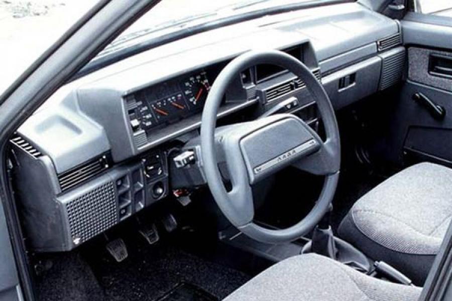 Полицейские вернули владельцу украденный автомобиль