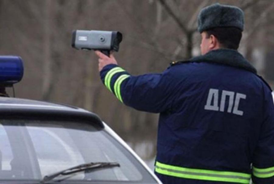 Жителя Максатихи будут судить за попытку дачи взятки инспекторам ДПС
