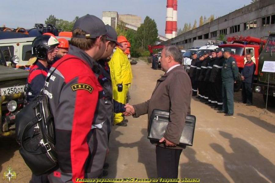 В ГУ МЧС обсудили предупреждение аварий на опасных производствах и провели смотр сил и средств