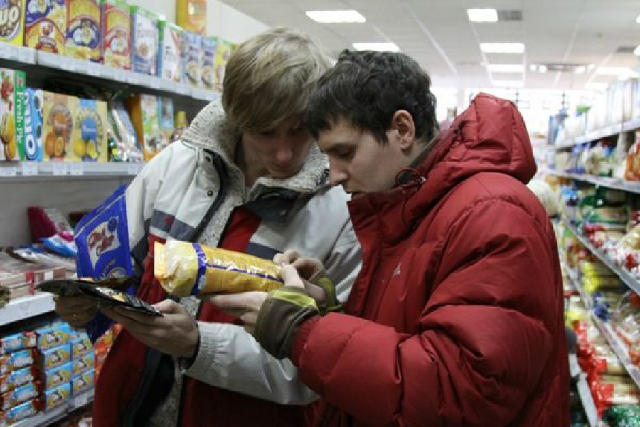 Магазин в Белом оштрафовали за просроченные продукты