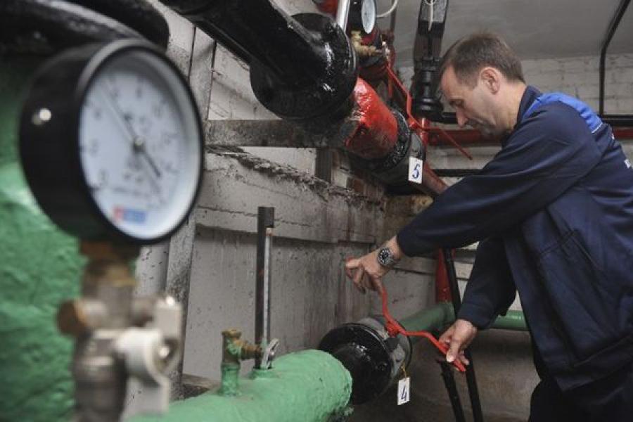 В Заволжском районе Твери идет ремонт двух крупных объектов теплосети