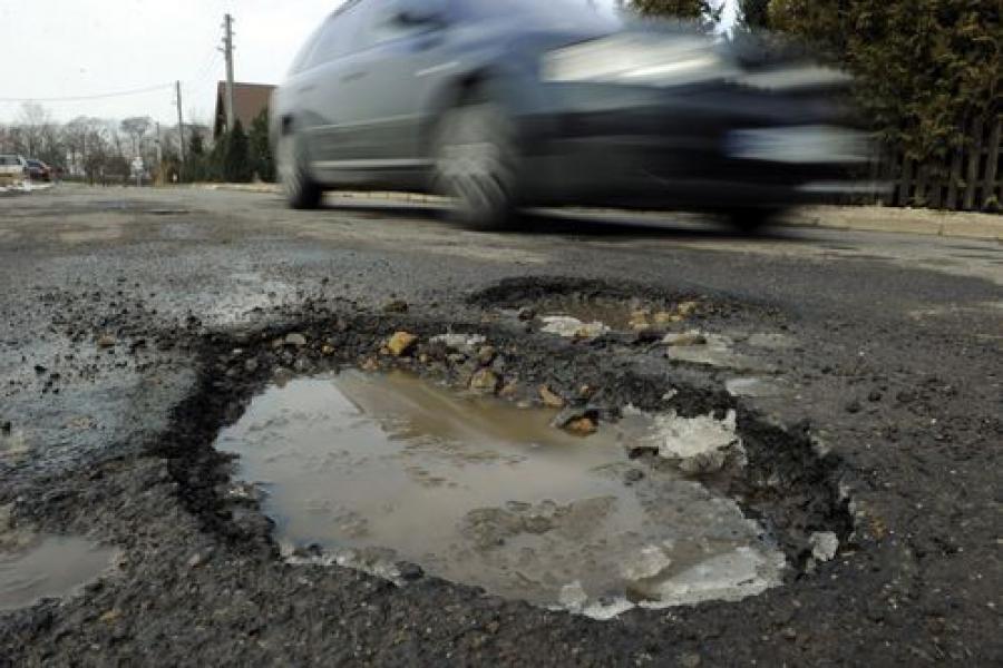 Проблемы с содержанием тверских улиц администрация связывает с теплой погодой