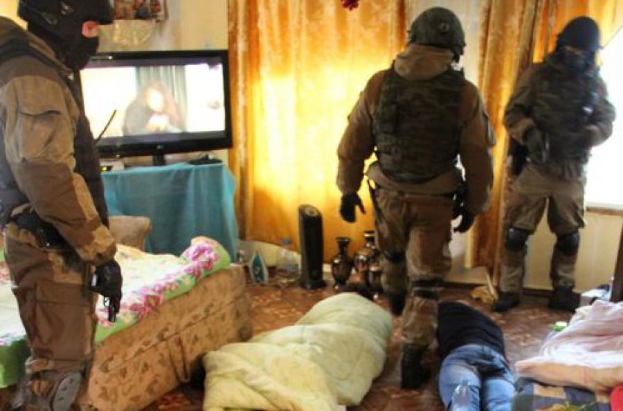 В ходе обыска в поселке Березайки наркополицейские нашли наркотики