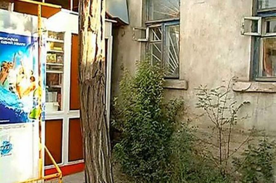 Прокуратура потребовала убрать киоски из дворов в Московском районе Твери