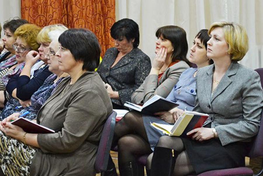 В министерстве образования региона обсудили итоги лета-2014 и работу по профориентации
