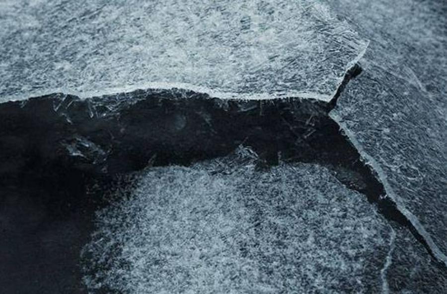 На тверских реках тает лёд