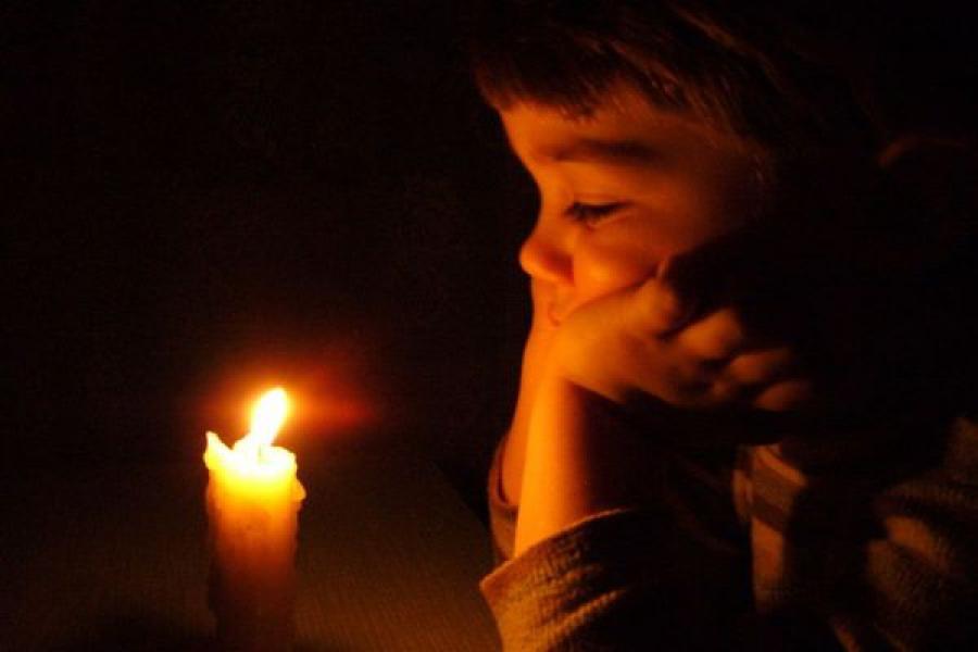 Из-за упавших опор ЛЭП без света остались 45 населенных пунктов Тверской области