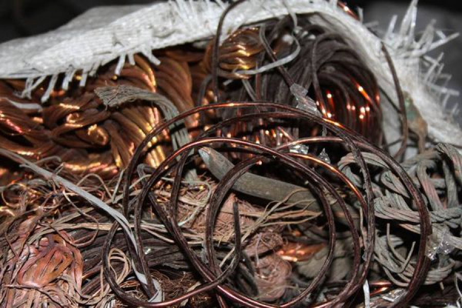 В Ржевском районе предприниматель незаконно принимал лом цветных металлов