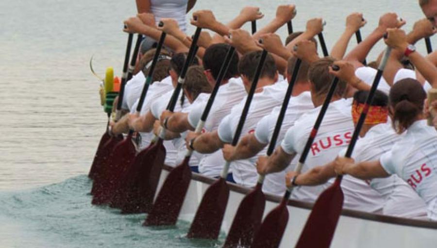 Тверичи заняли на Кубке Губернатора Приморья по гребле на лодках-драконах второе место
