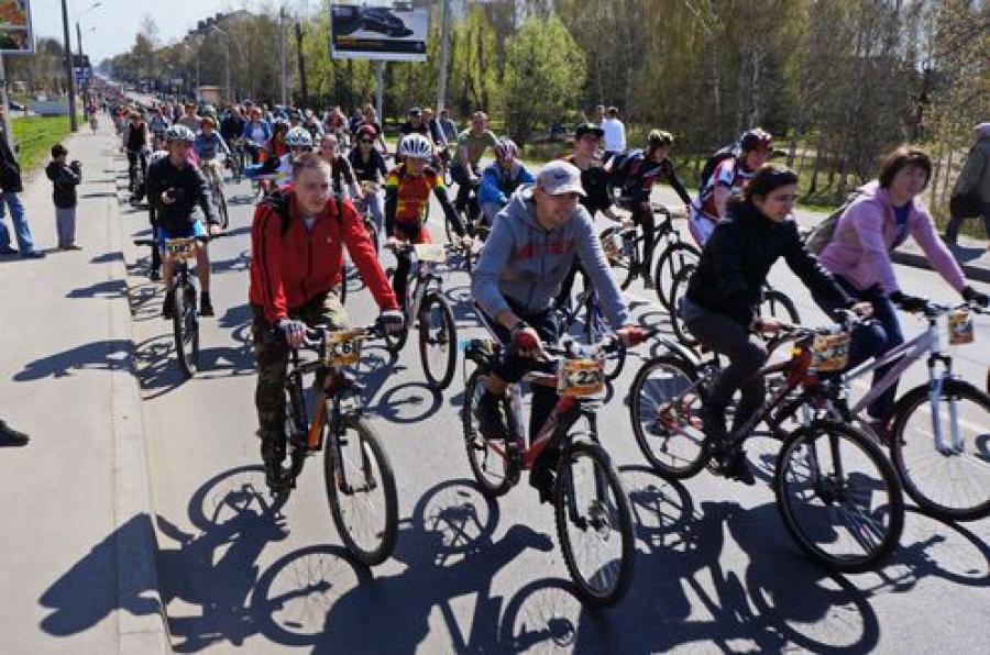 Более 1 тысячи велосипедистов собрались на открытие велосезона в Твери