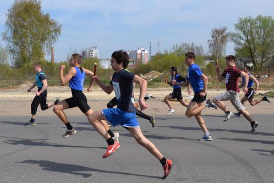 Победителями в легкоатлетической эстафете памяти П. Кайкова стали ученики тверских школ №34 и №50