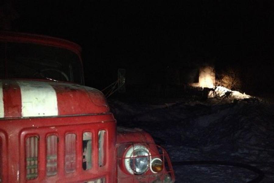 В Пеновском районе сгорели гараж и автомобиль