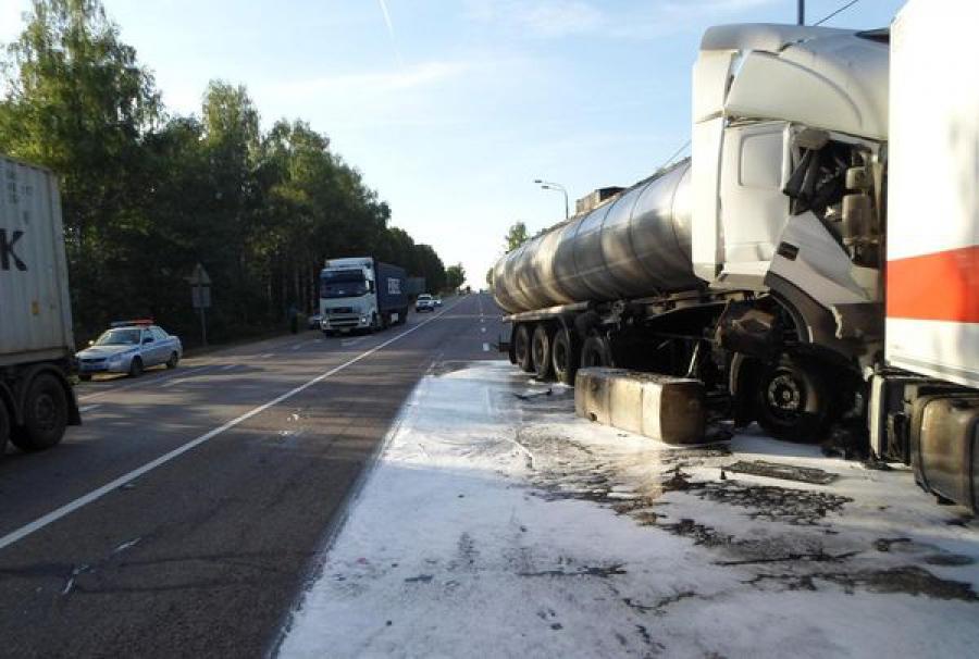 Пять человек погибли за выходные в ДТП на дорогах Тверской области