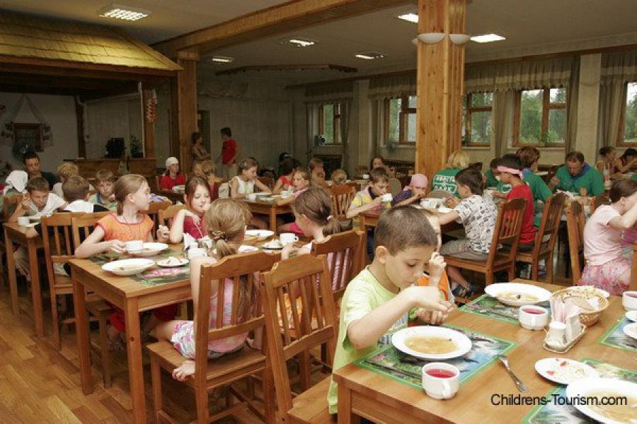 Питание в тверских детских загородных лагерях — под контролем