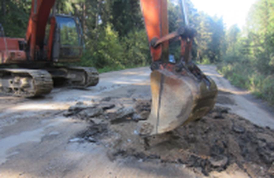 В Конаковском районе начался капитальный ремонт автодороги