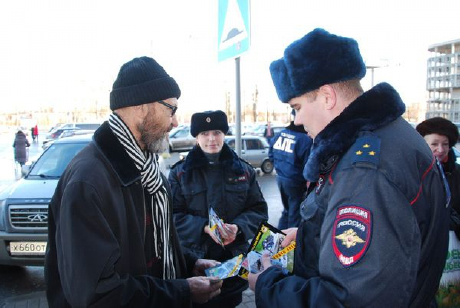 В Твери сотрудники Госавтоинспекции пропагандировали трезвость за рулем