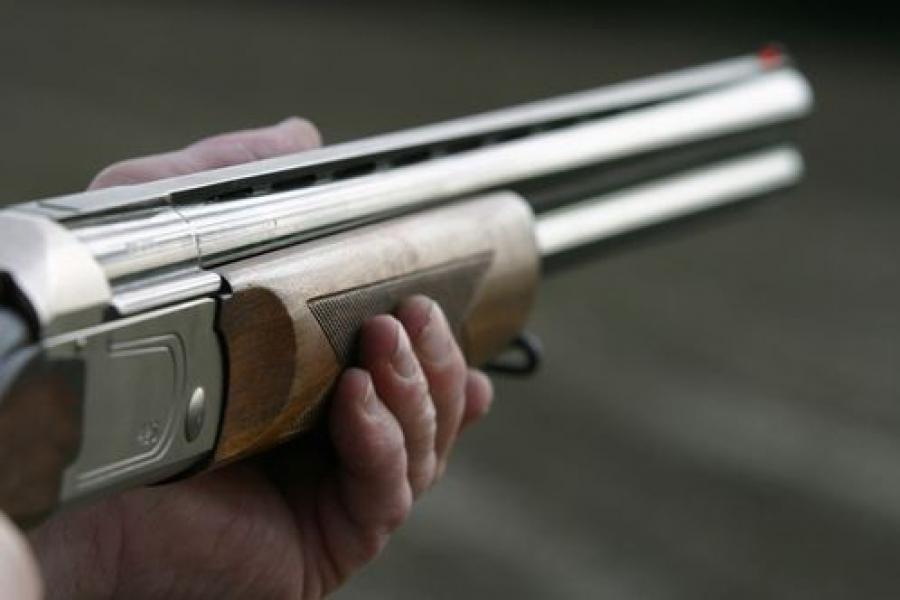 Житель Твери признан виновным в хищении ружья и стрельбе по машине