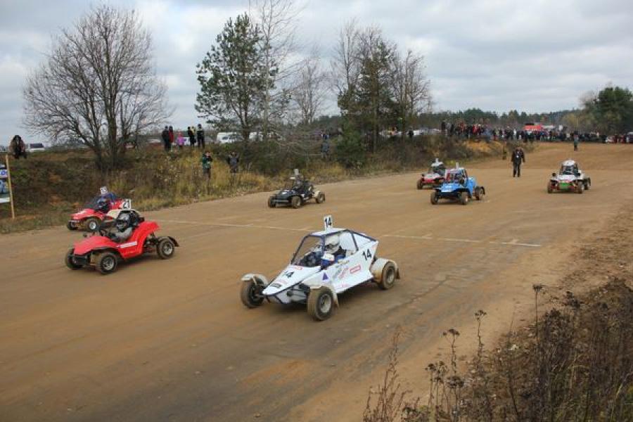 Соревнования по автокроссу, посвященные Дню России, пройдут в Твери