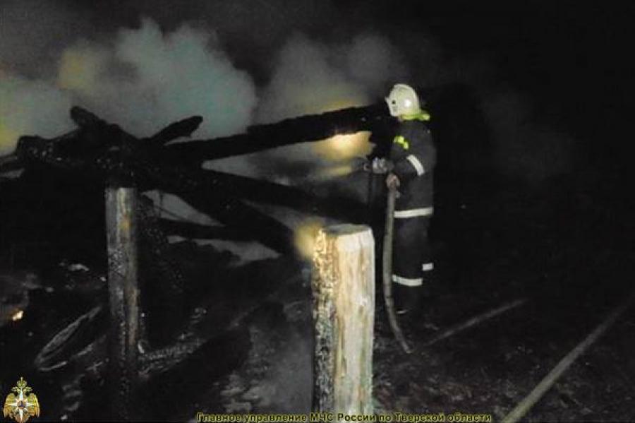 Ночные пожары: горели дом, дача и подсобное хозяйство