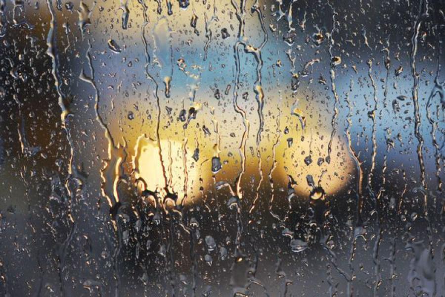 ГУ МЧС объявило штормовое предупреждение: в регионе ожидаются ливни