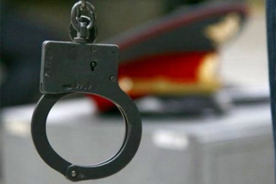 Полицейский задержан за избиение мужчины