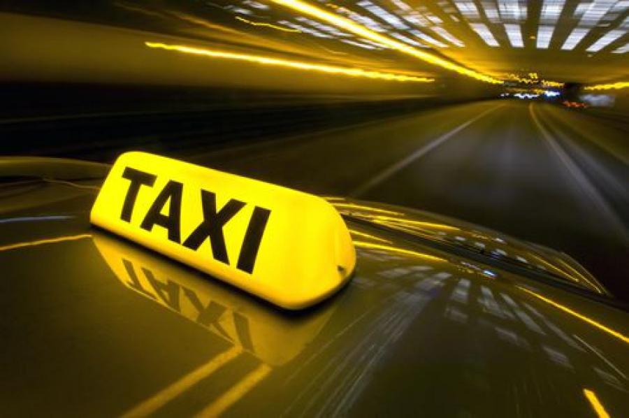 Общественники предлагают усилить контроль за работой такси в регионе