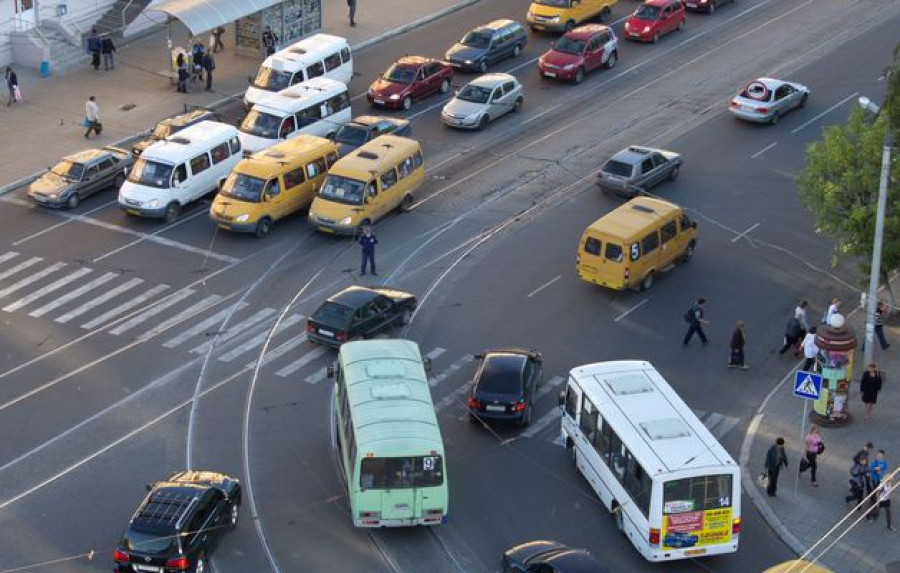 Кто будет менять схему движения транспорта в Твери?