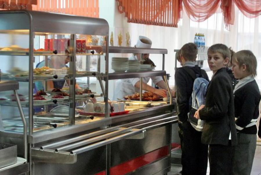 Тверские школьники хорошо питаются и интеллектуально развиваются