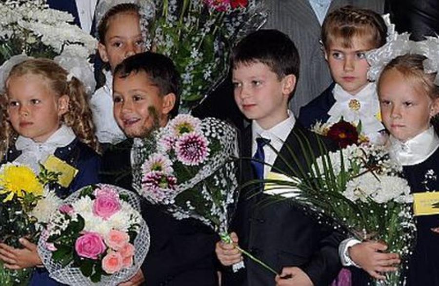 Школы встретили учеников и гостей