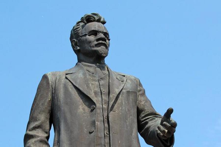Памятник Калинину переедет на новое «место жительства»