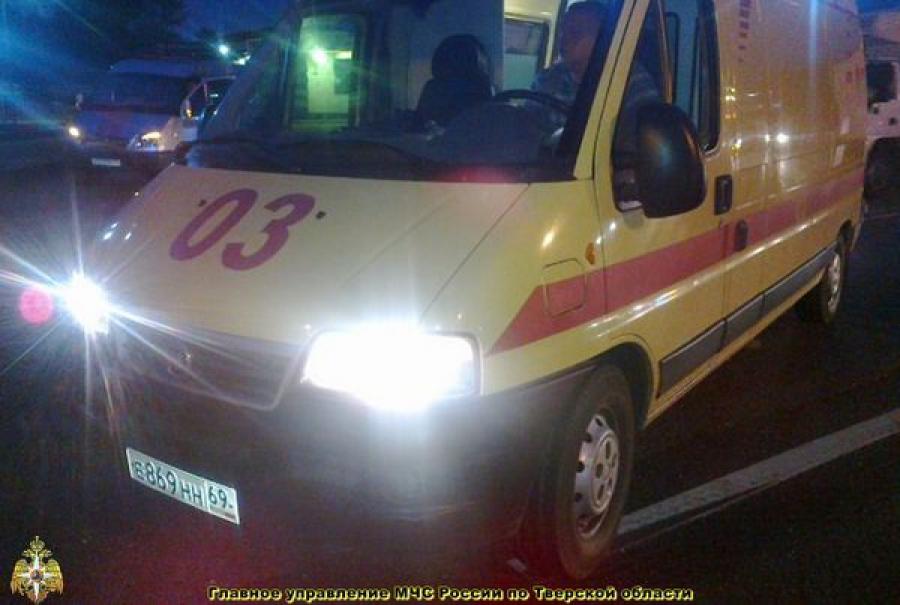 В Калининском районе столкнулись два автомобиля