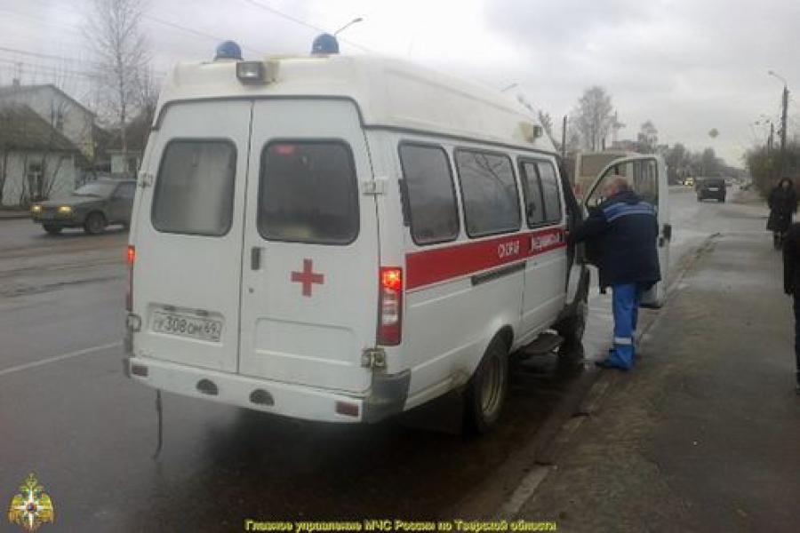 В Заволжье ребенок попал под колеса легкового авто