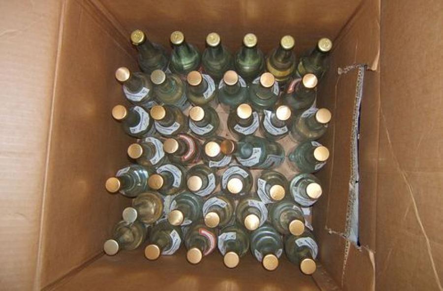 Тверские полицейские изъяли 1266 литров контрафактного алкоголя