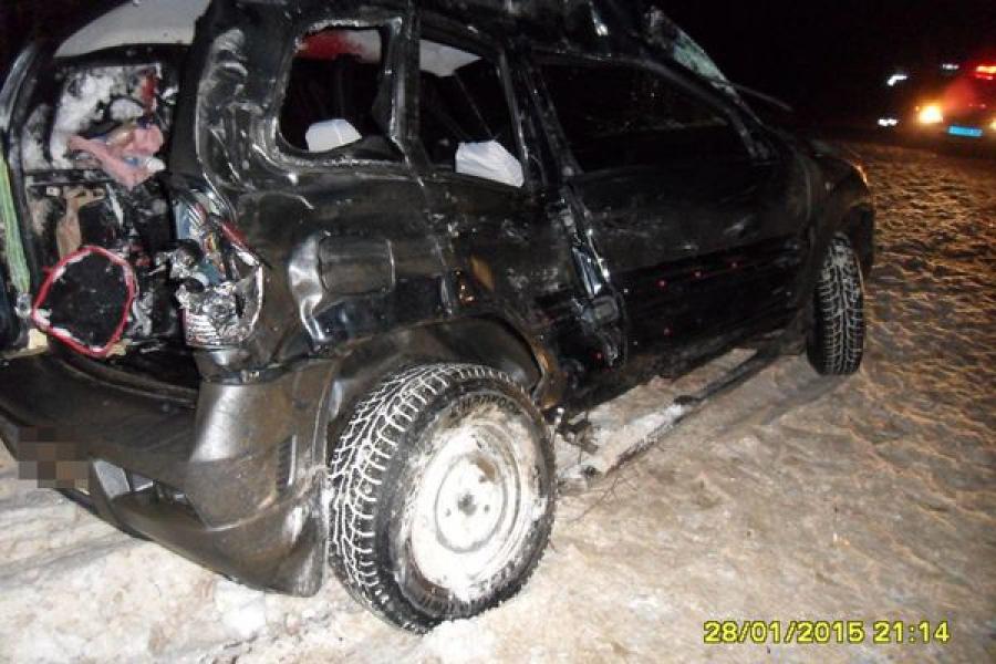 Два человека погибли в лобовом столкновении «Шевроле Нивы» и «Скании»
