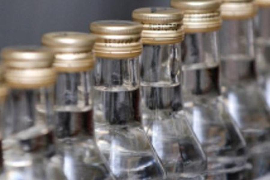 Со склада в центре Твери полицейские изъяли нелегальный алкоголь