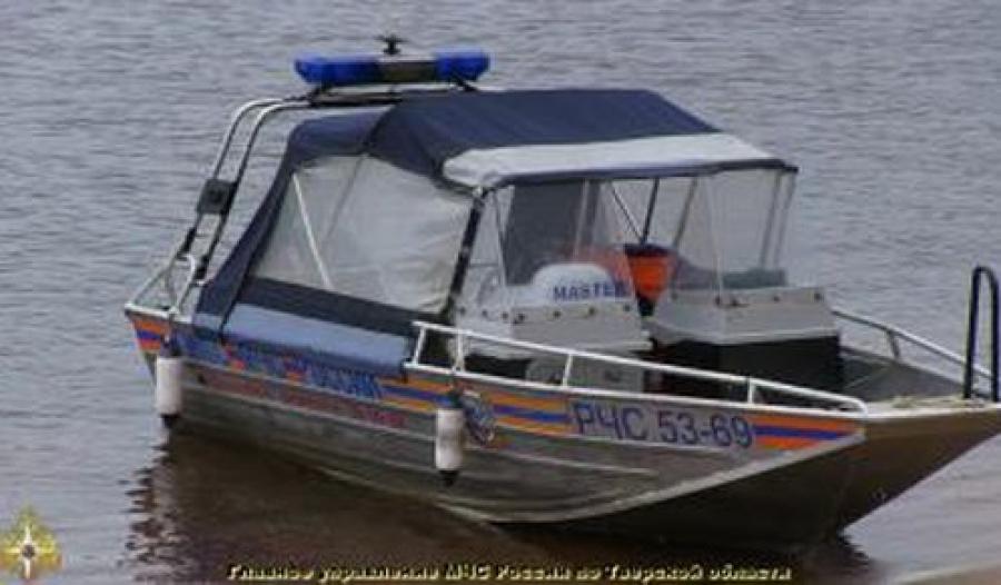Трое в лодке: спасатели нашли потерявшихся детей