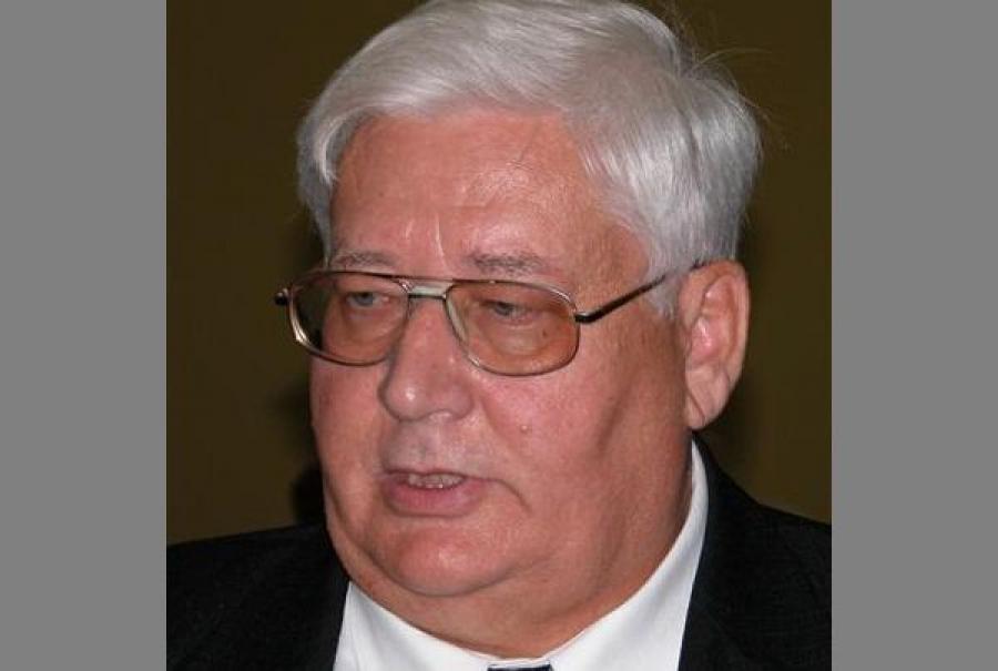 Губернатор вручил Ивану Райдуру региональную награду