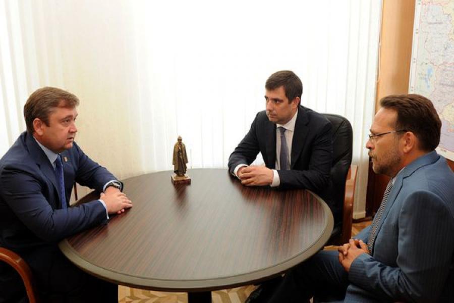 Состоялась встреча губернатора с руководством «Атомэнергосбыта»