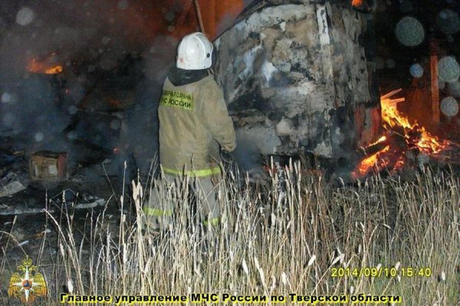 Ночью в Удомельском районе сгорел магазин