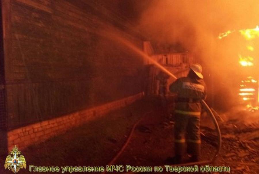 В Лихославльском районе произошел пожар в административном здании