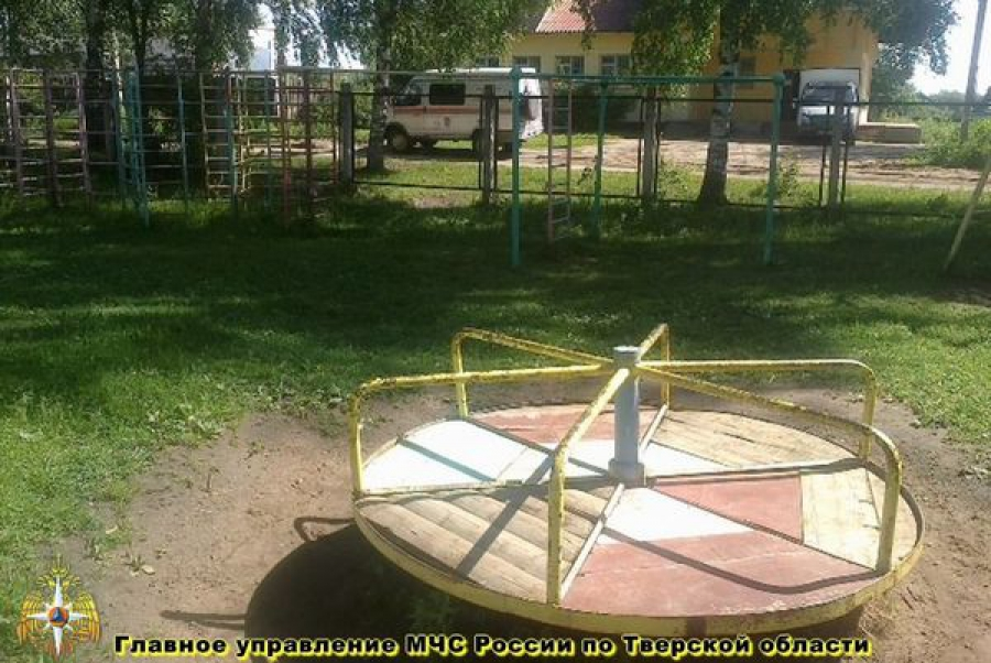 Дым без огня появился в детском саду в Калининском районе