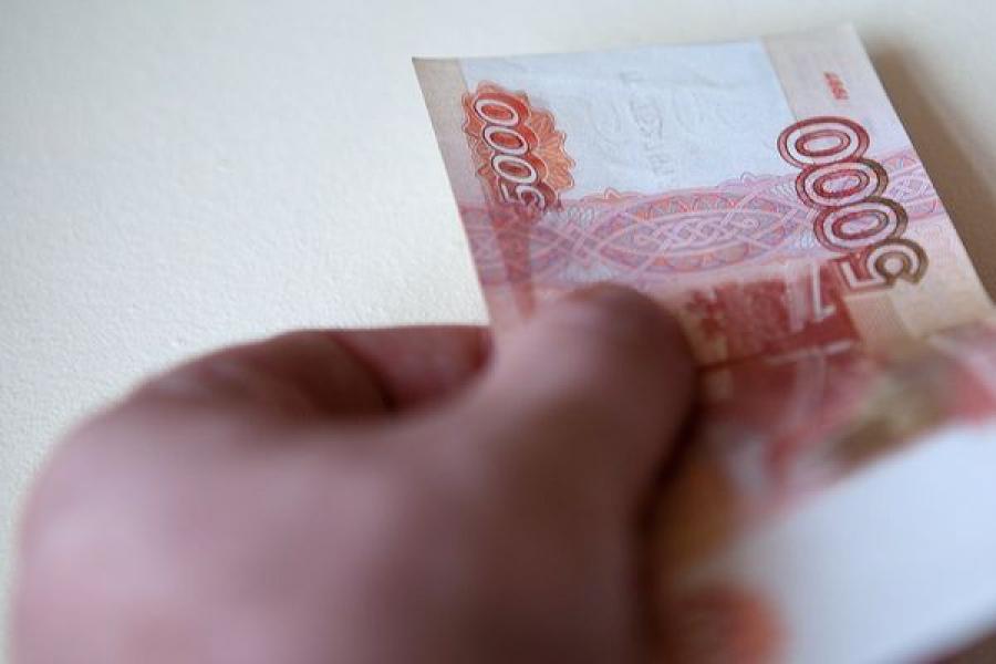 В Лихославле сотрудник полиции отказался от взятки, предложенной ему владельцем магазина