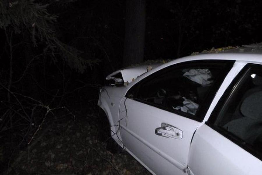 В Калининском районе столкнулись три автомобиля