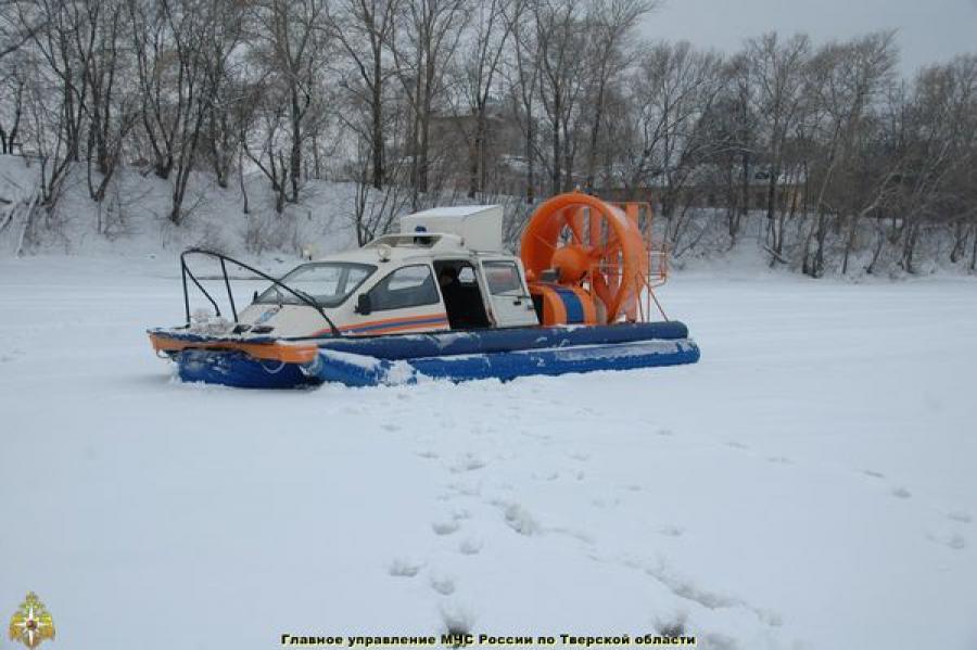 Региональный центр ГИМС предупреждает: лёд тонок и очень опасен!
