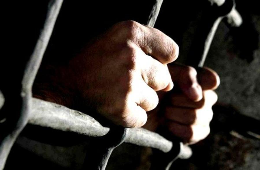 Суд отправил злостного неплательщика алиментов за решетку
