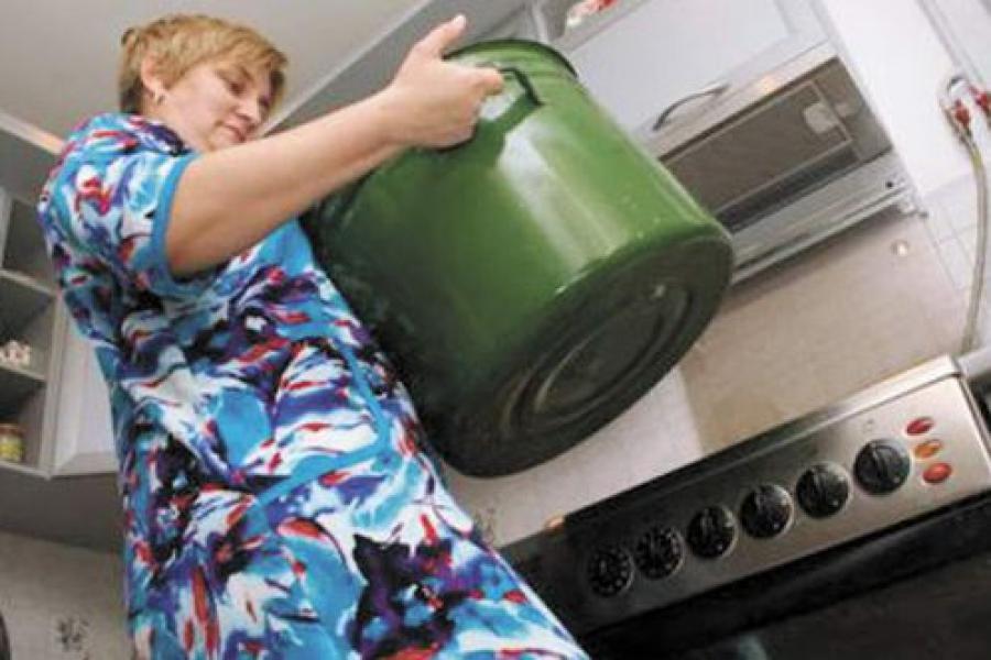 Работника «Тверьтепло» оштрафовали за отсутствие горячей воды и тепла
